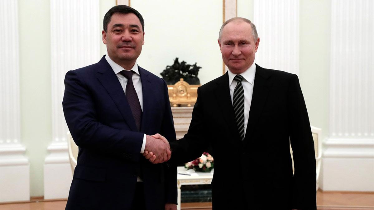Встреча Владимира Путина с Президентом Киргизии Садыром Жапаровым