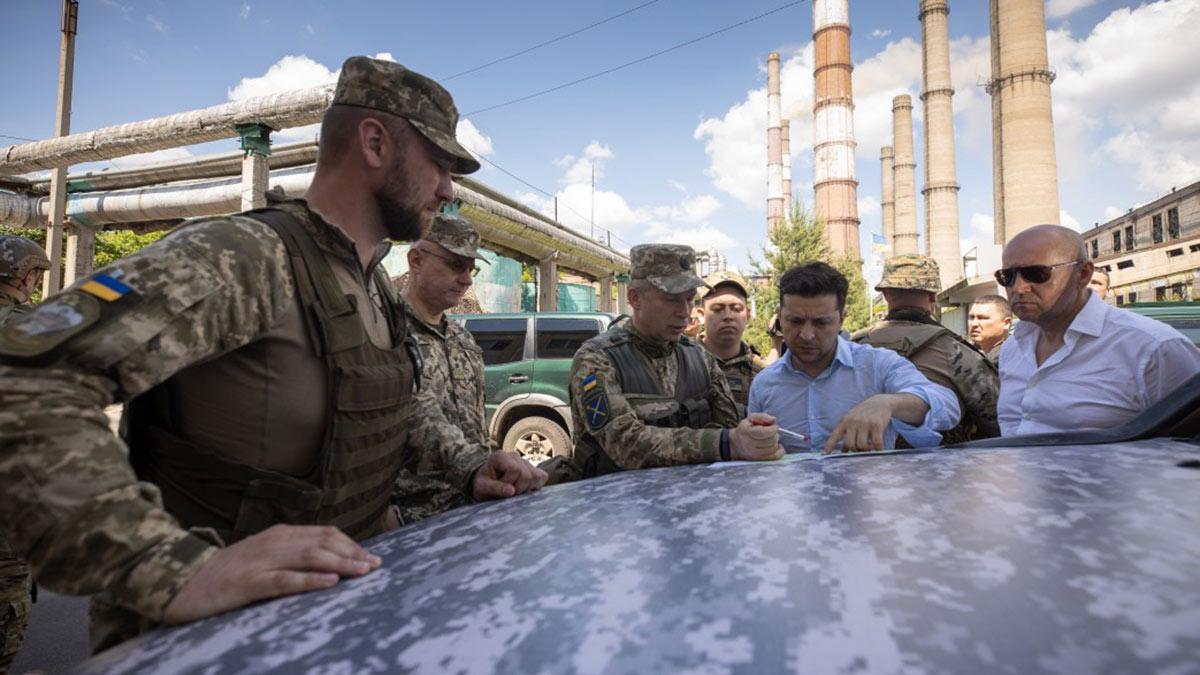 Владимир Зеленский на передовых позициях ВСУ на Луганщине