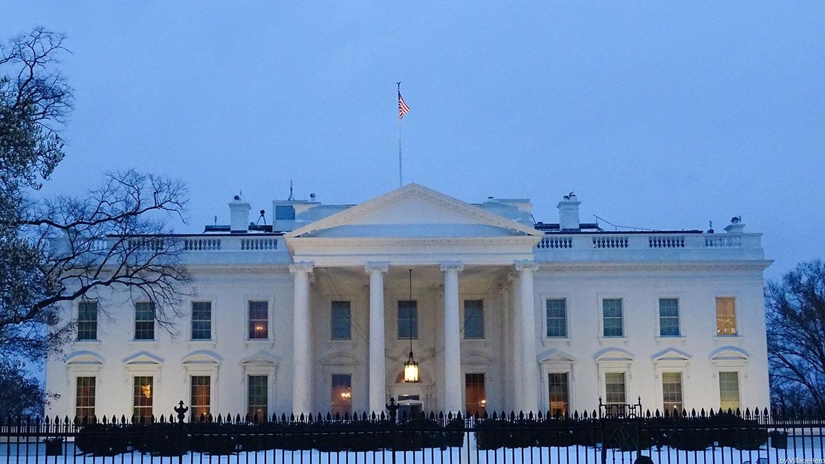 белый дом официальная резиденция президента США вашингтон зима