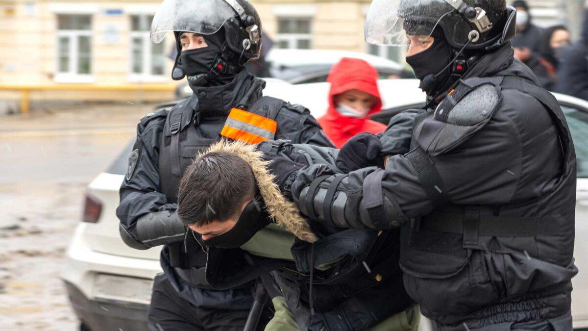 detention at a rally on January 31 задержания на митинге 31 января