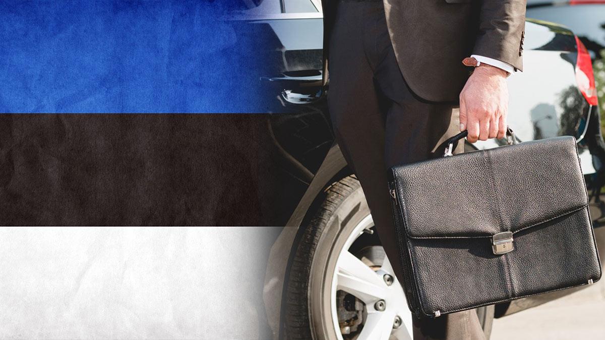 Россия выслала эстонского дипломата эстонский флаг