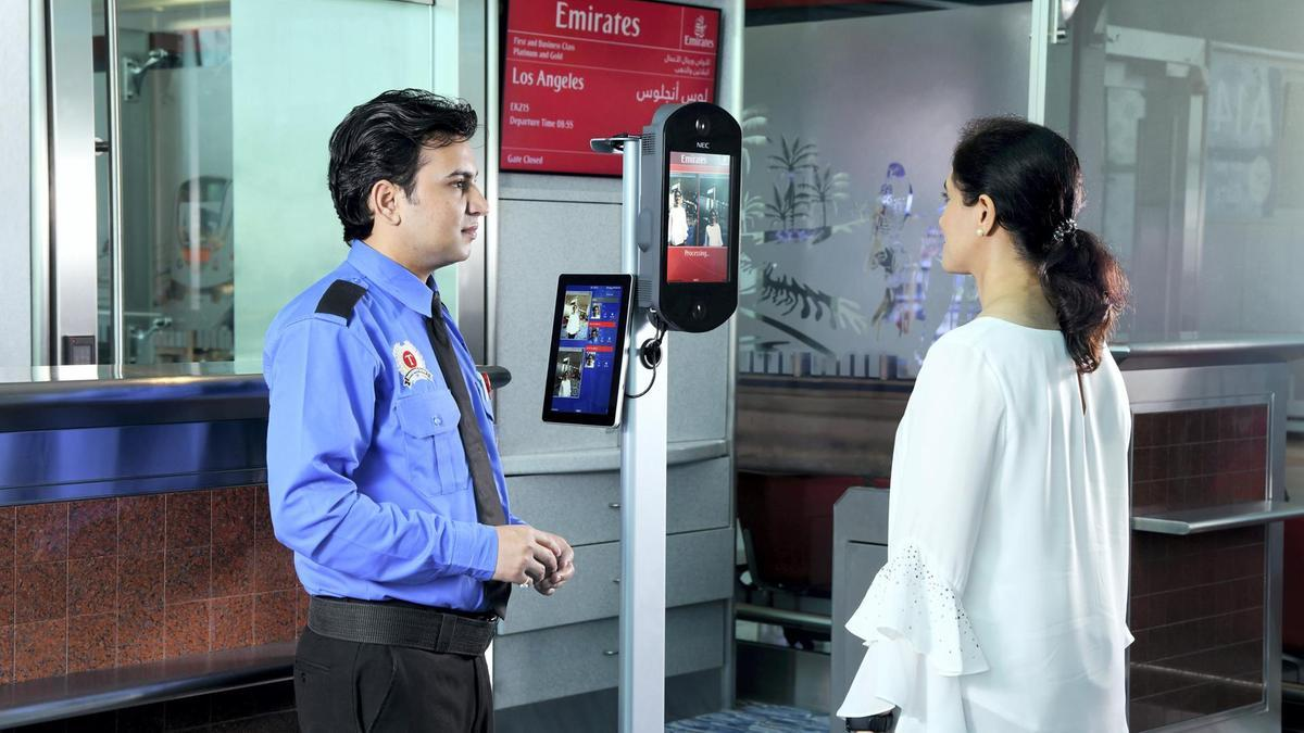 биометрия в аэропорту Дубаи