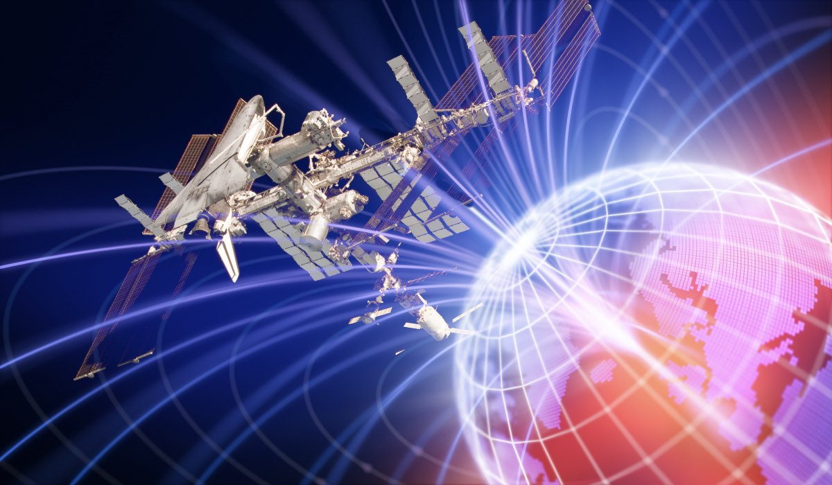 магнитное поле земли МКС
