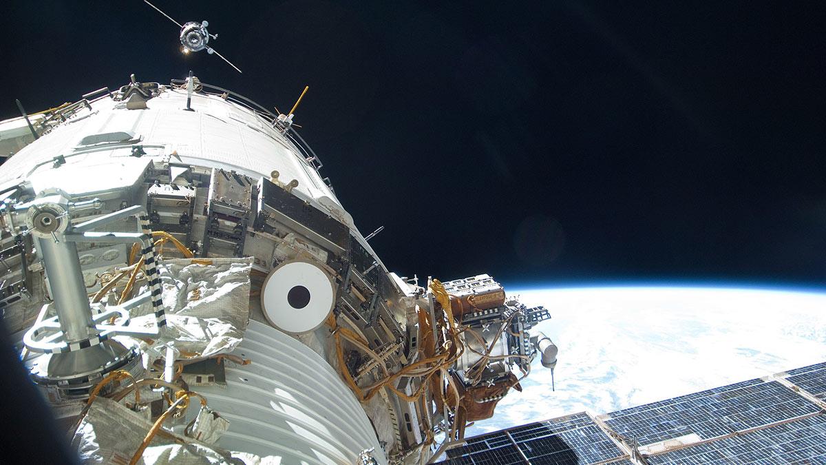 МКС модуль звезда и прогресс м