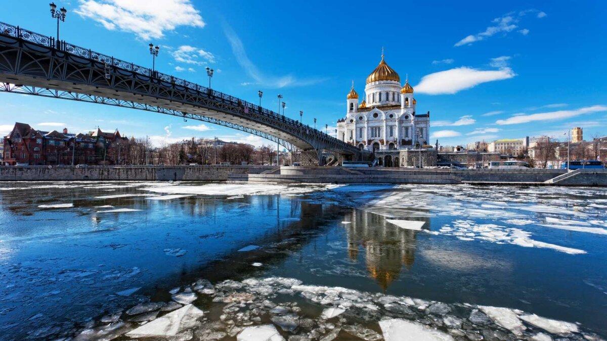 moscow spring Москва весна тает снег