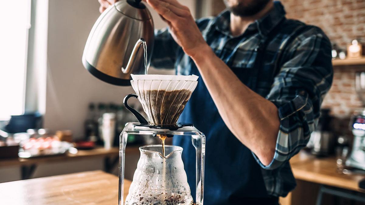 приготовление кофе бариста напиток