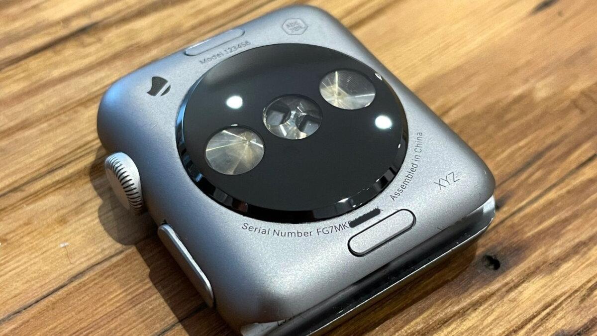 прототип первых смарт-часов Apple Watch