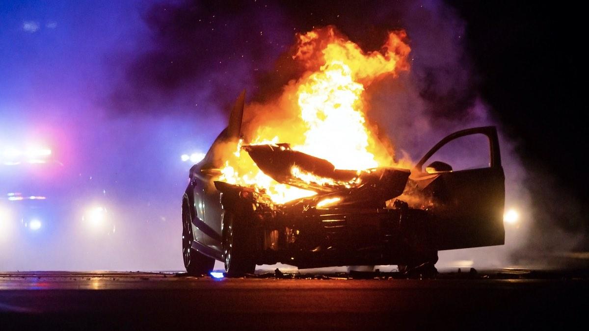 взрыв автомобиля теракт