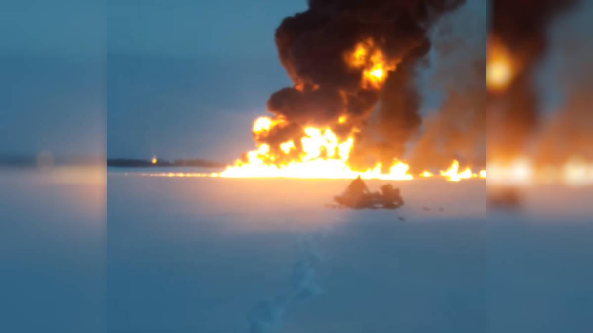 пожар на реке Обь