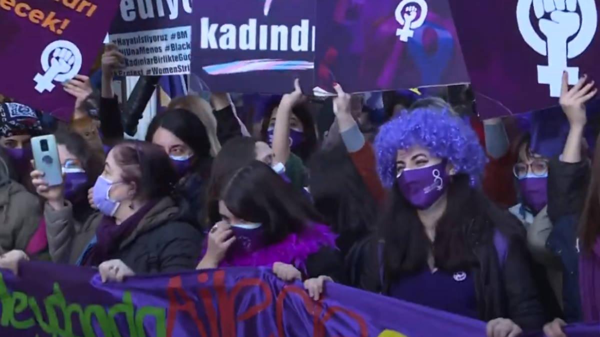 Стамбул Турция митинг