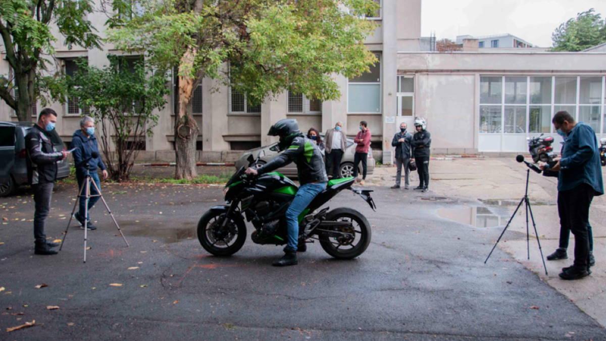 замер шума мотоцикла
