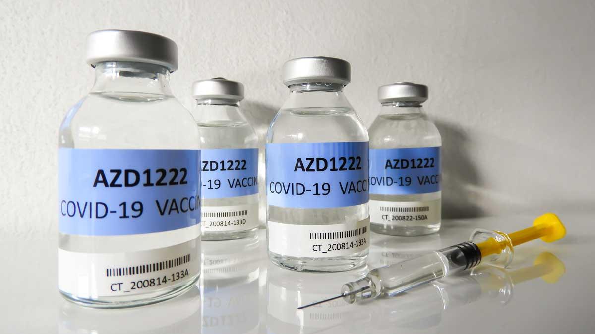 AZD1222 AstraZeneca covid шприц вакцина