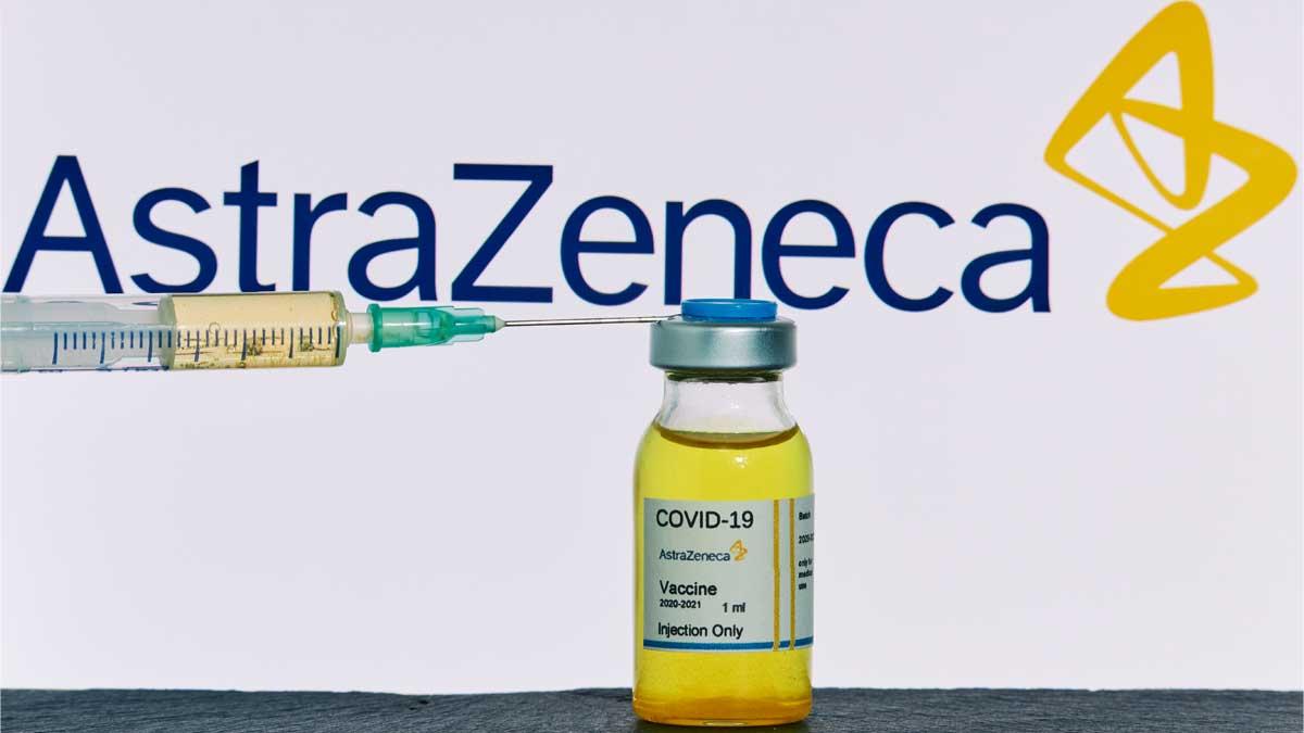 AstraZeneca ампула шприц вакцинация