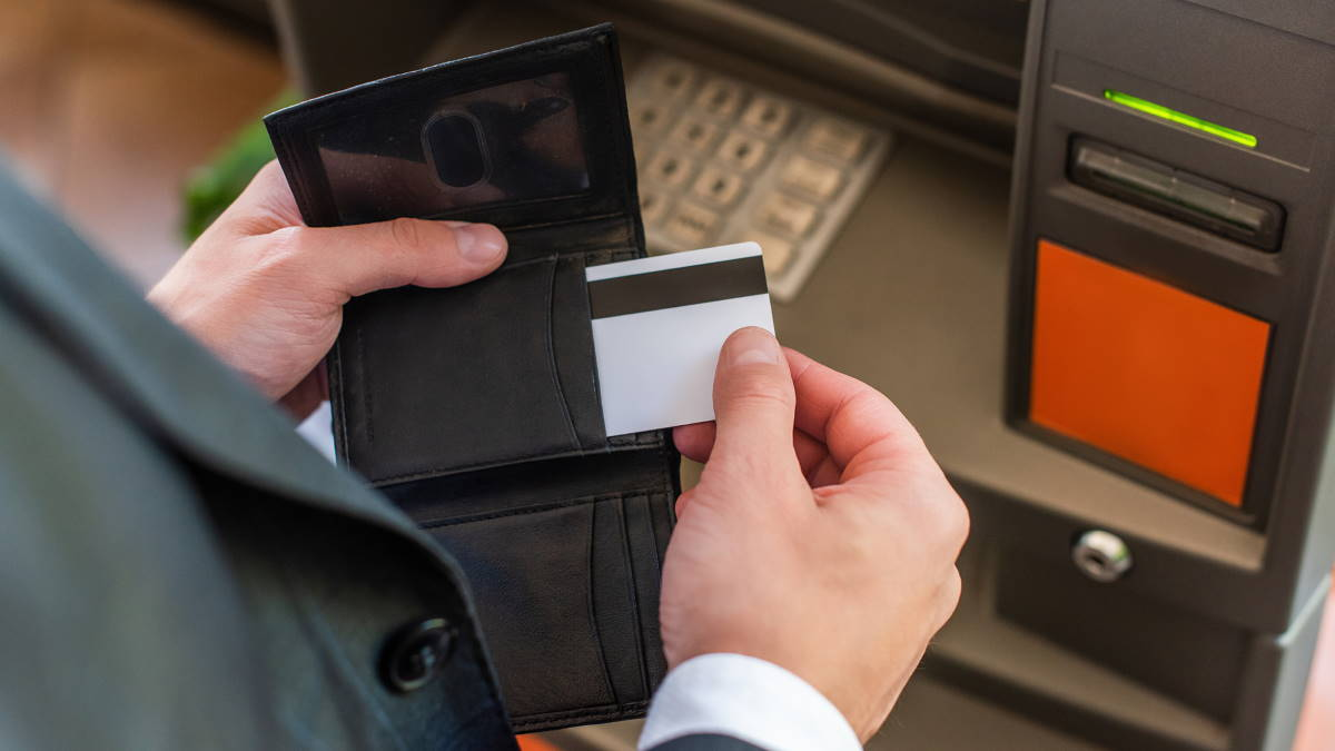 Банкомат кредитная пластиковая карта