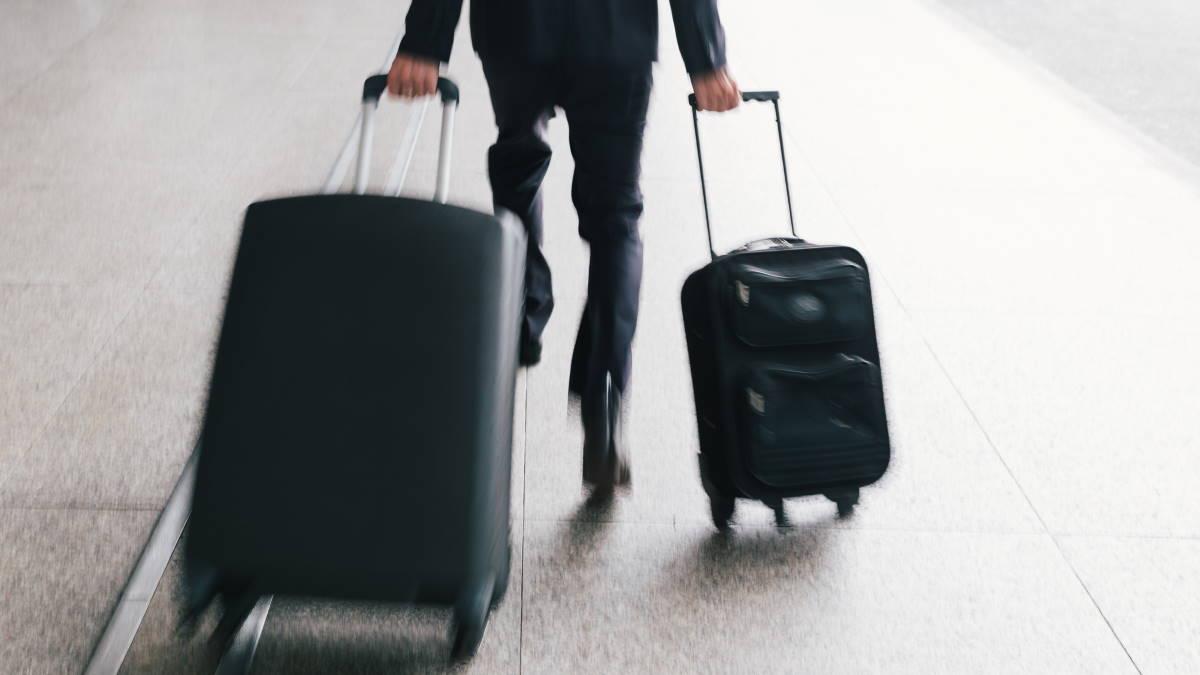 Бизнесмен турист опаздывает
