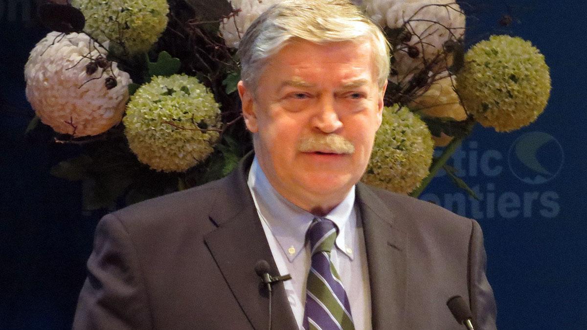 Евгений Лукьянов