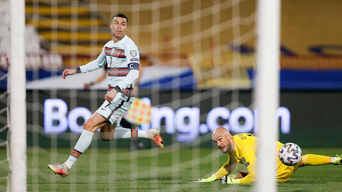 Криштиано Роналду Португалия Сербия гол