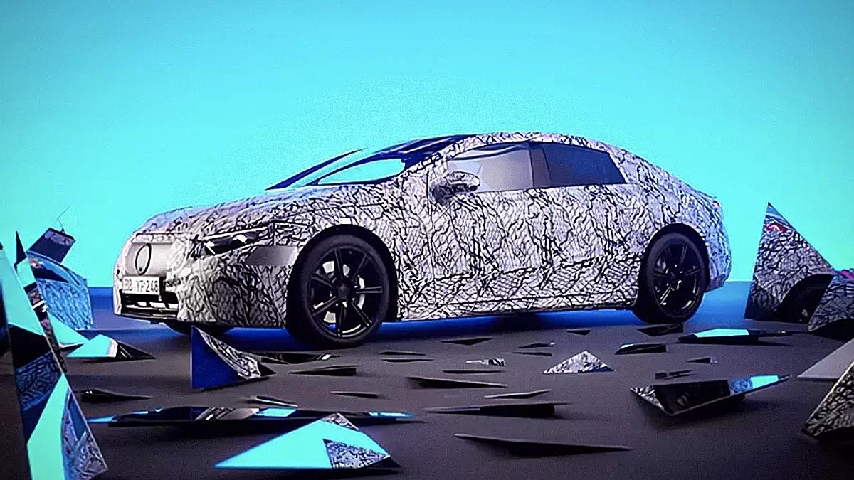 электрический седан Mercedes-Benz EQS