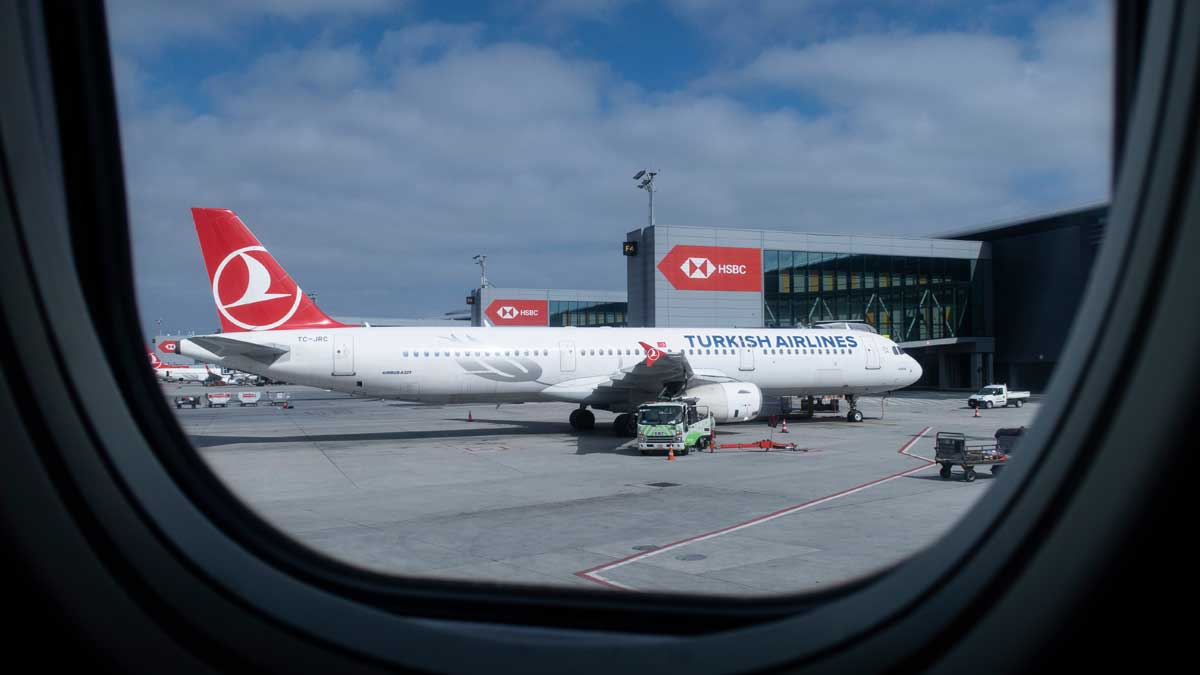 Окно самолет Турция аэропорт