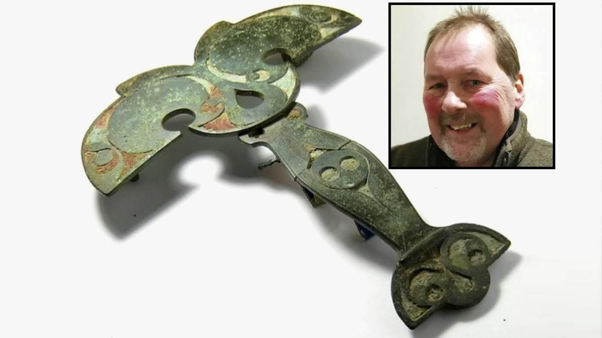 Рэй Пьюзи обнаружил брошь кельтского вождя