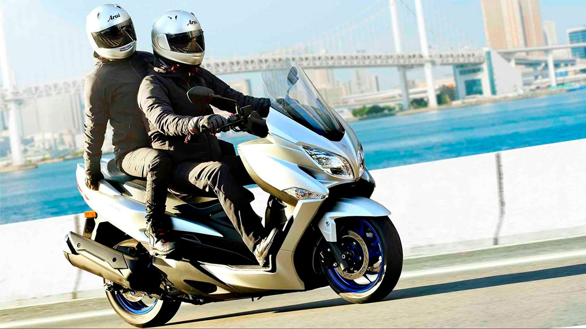 SUZUKI BURGMAN 400 скутер