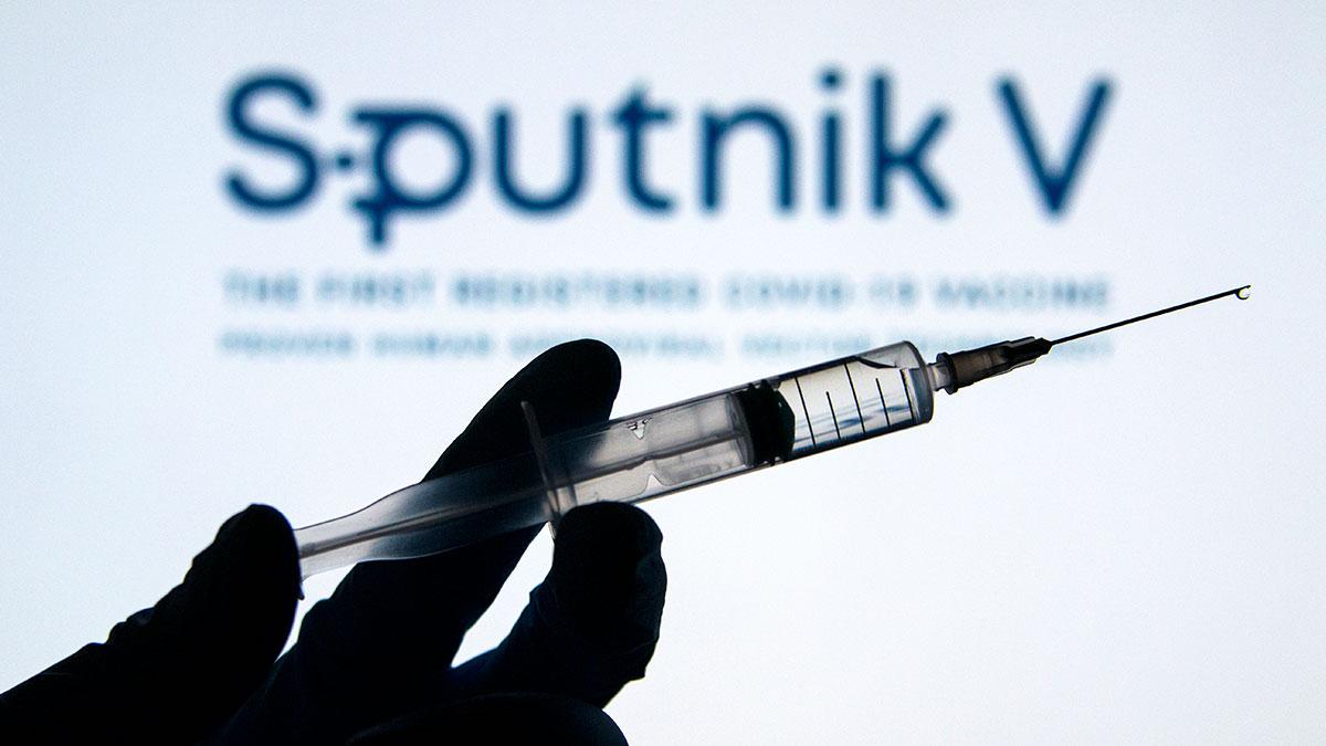 Sputnik V спутник вакцина коронавирус гамалеи шприц