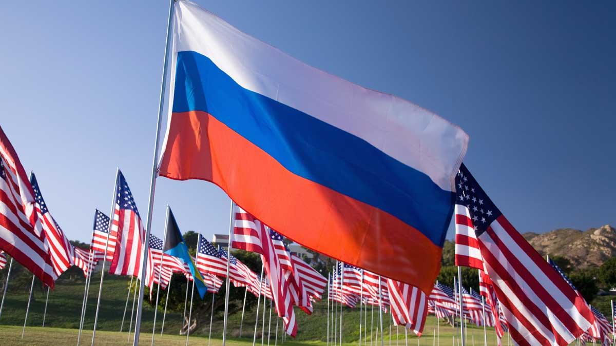 флаги Россия США