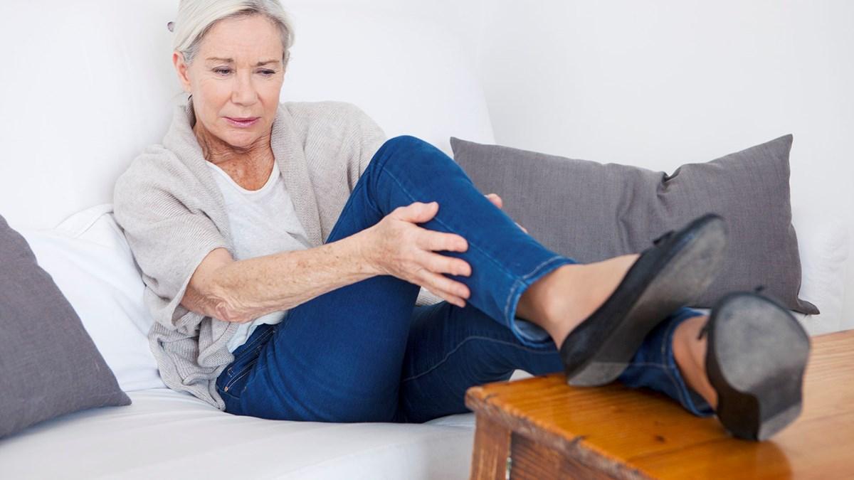 перелом ноги у женщины