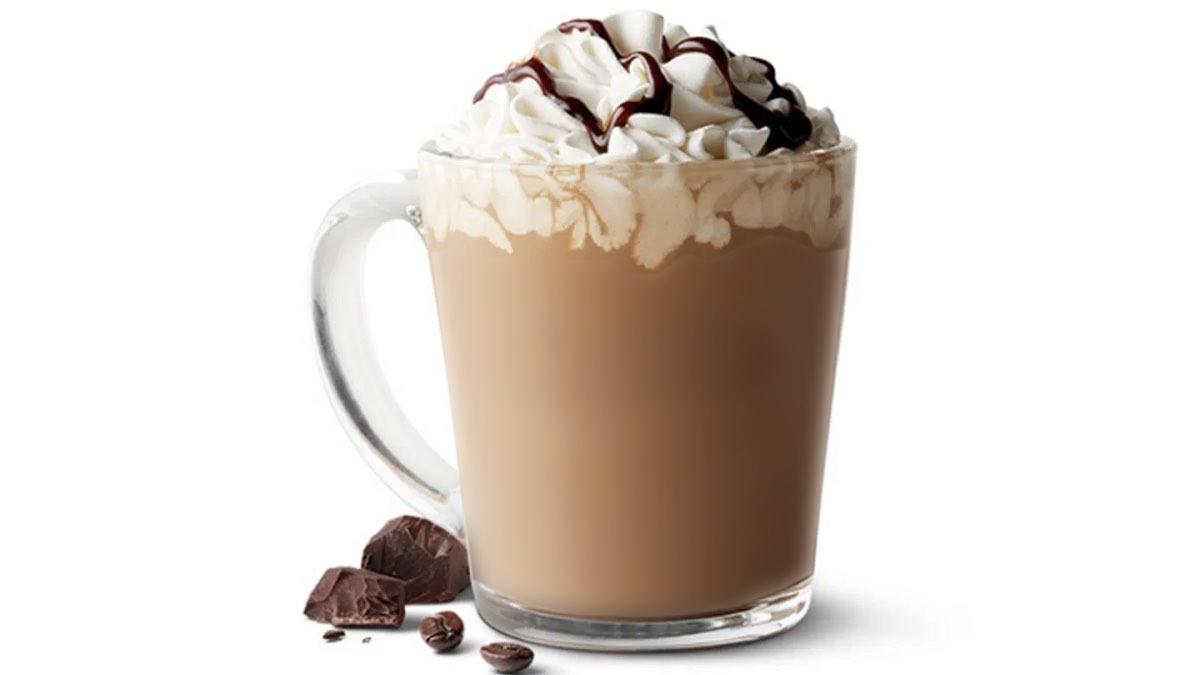кофе латте со сливками