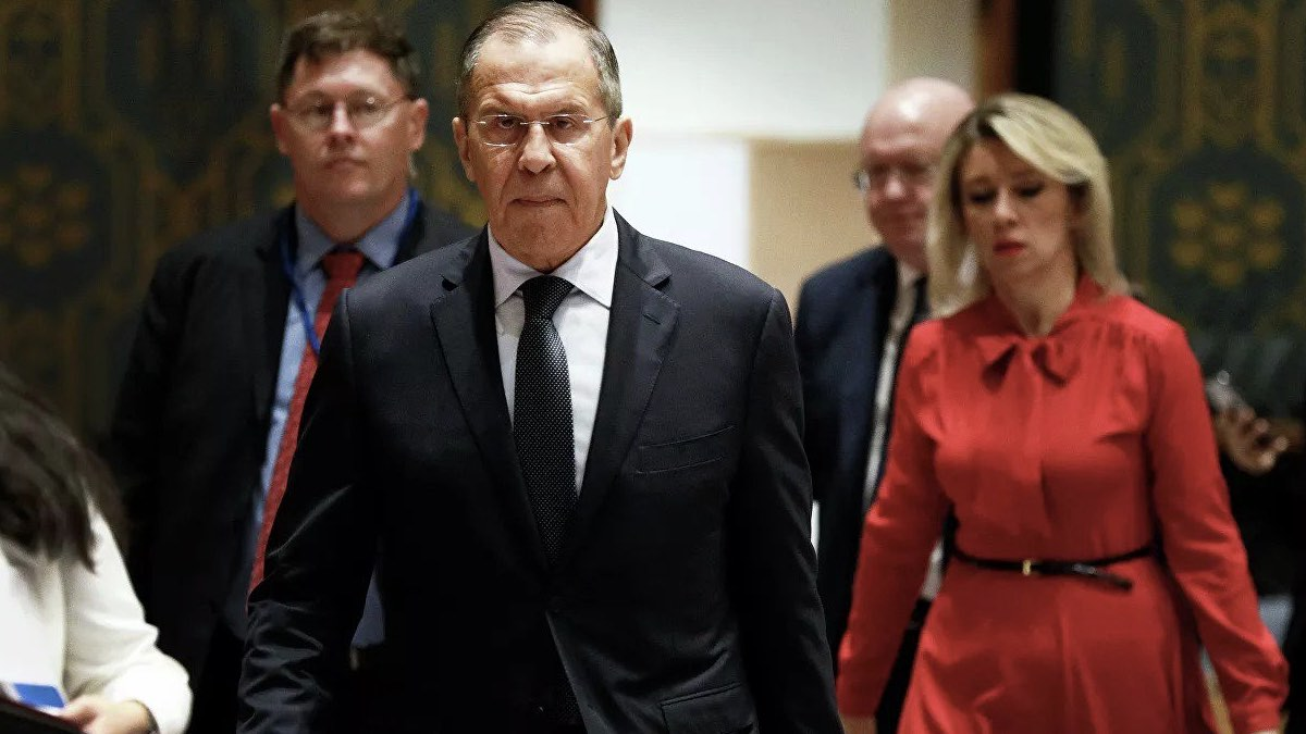 Министр иностранных дел Сергей Лавров и пресс-секретарь МИД Мария Захарова