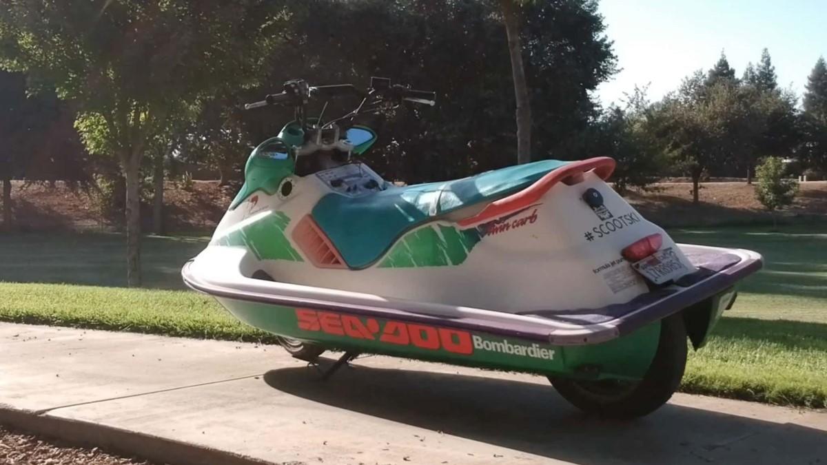 гибрид скутера и водного мотоцикла Scootski