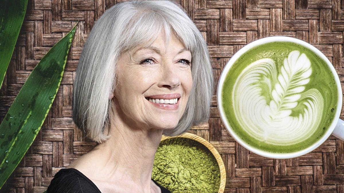 пожилая женщина и чай матча