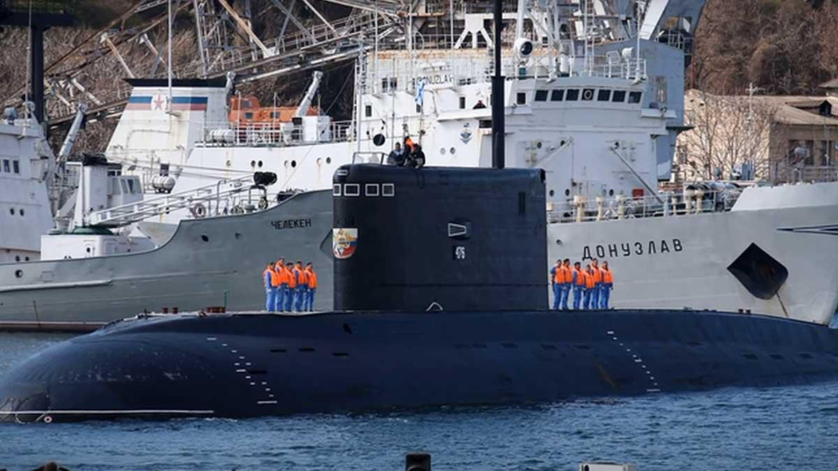 российская подводная лодка Великий Новгород