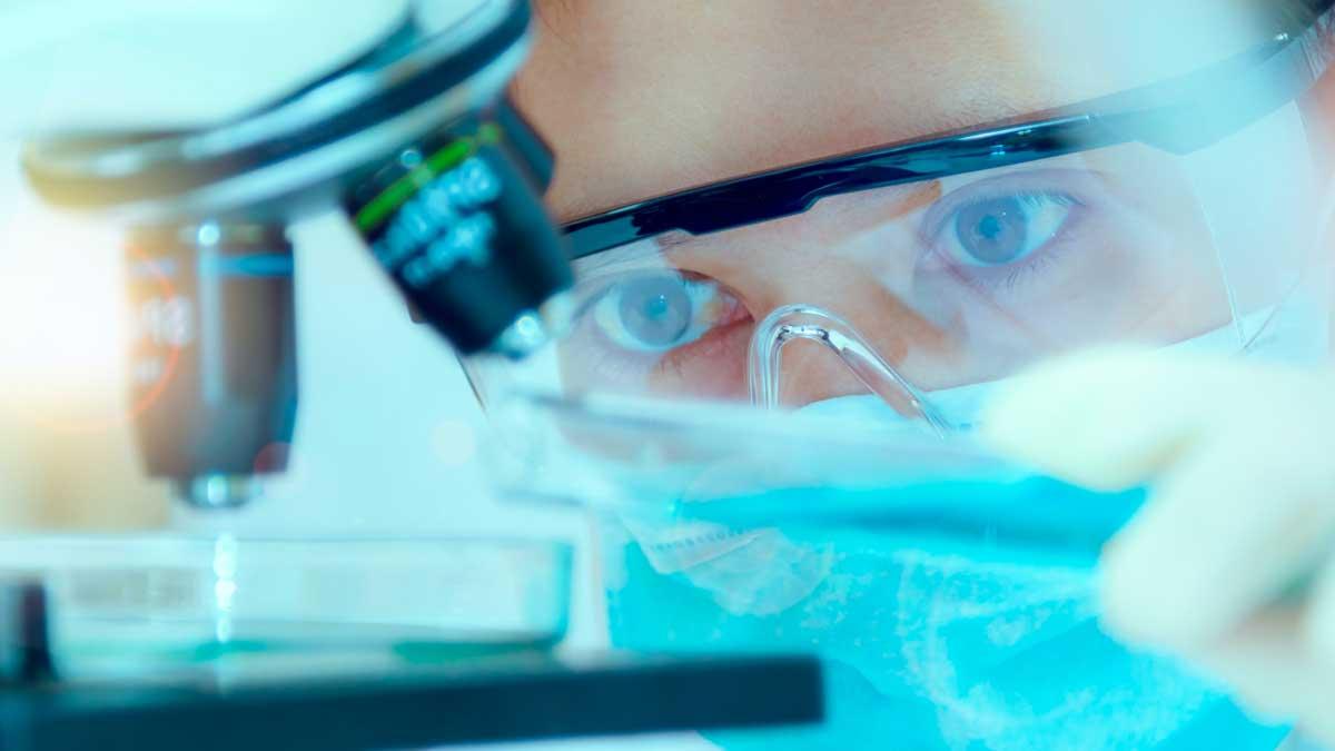 ученые испытания в маске