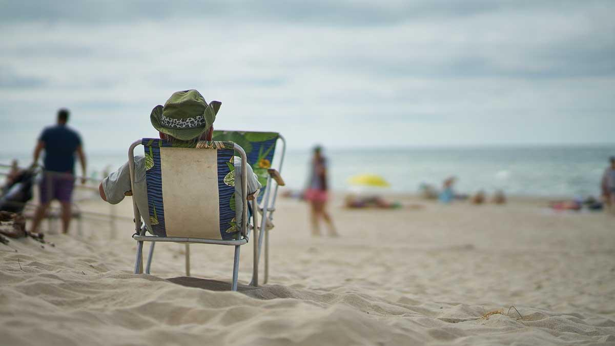 пляж отдых люди мужчина