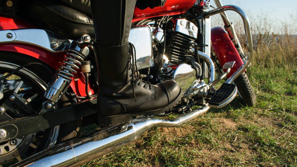 Мотоцикл ботинки