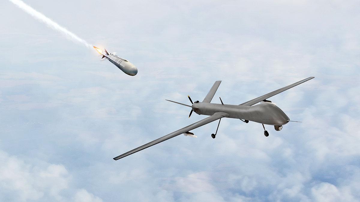 ракета догоняет БПЛА беспилотник дрон