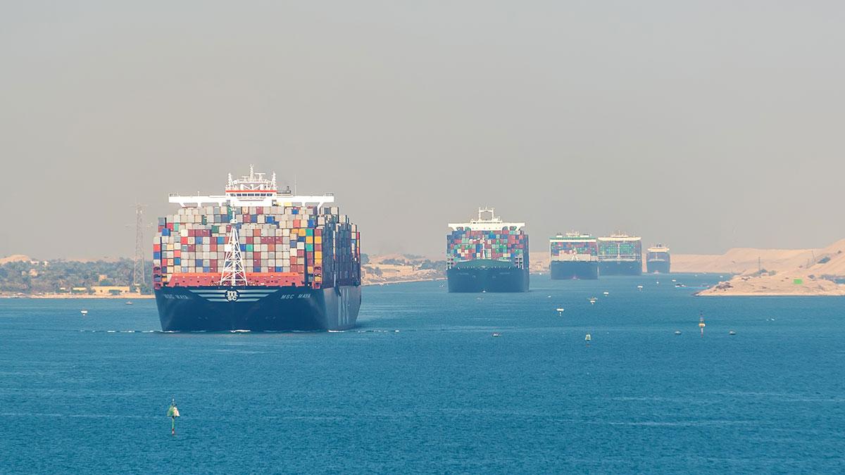 очередь в суэцкий канал корабли контейнеровозы