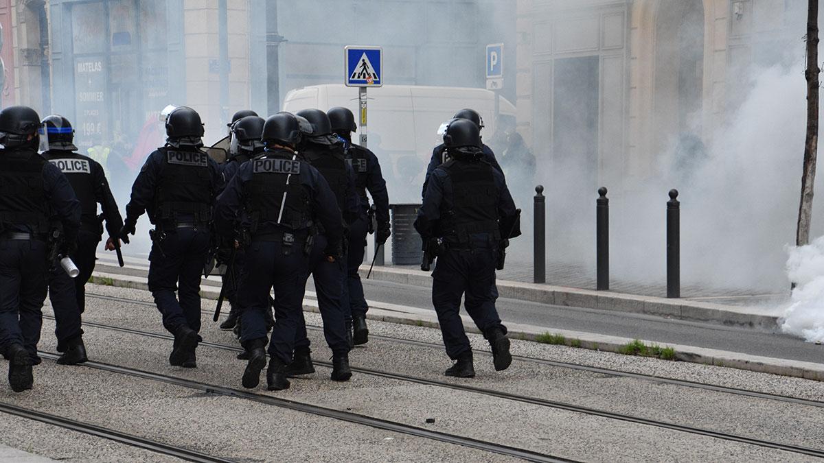 Полиция марсель беспорядки