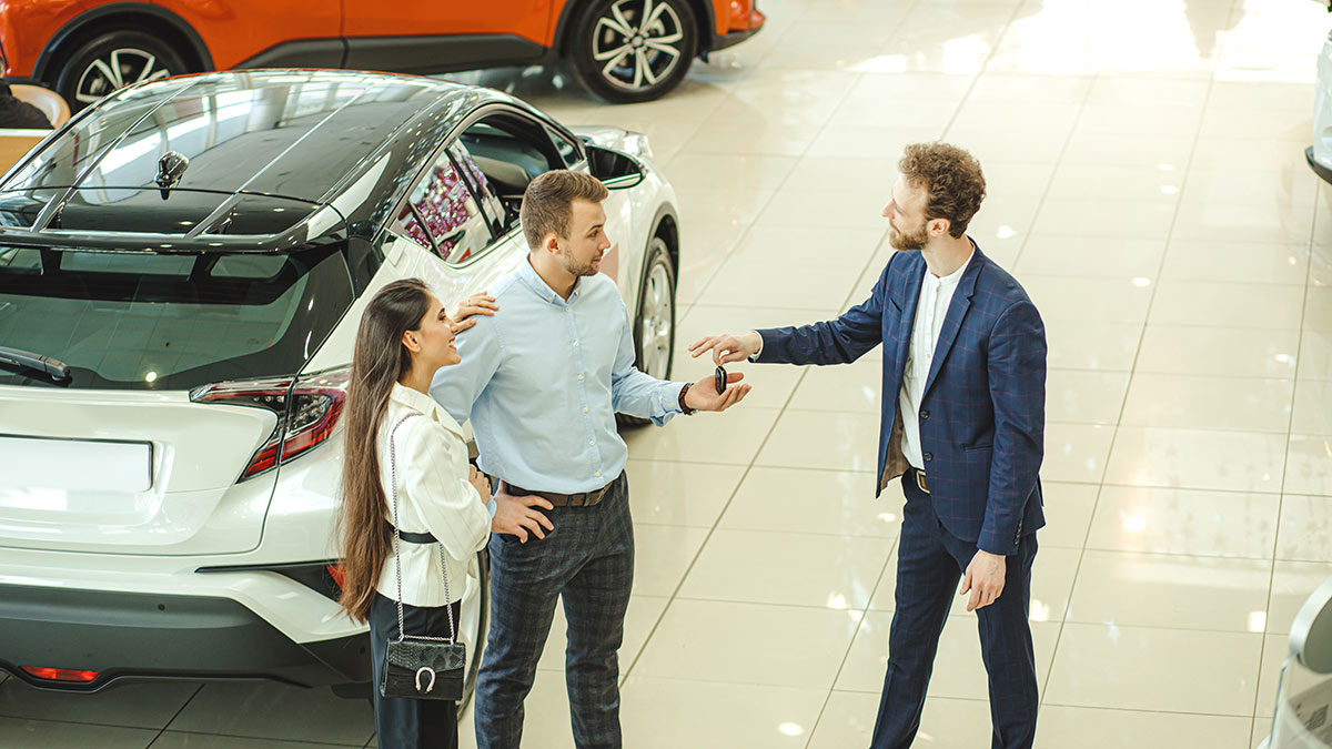 Автосалон покупка авто дилер транспорт