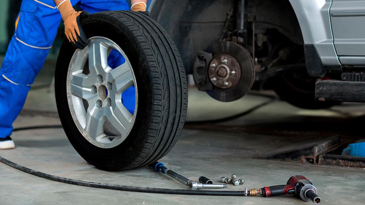 смена резины зимняя летняя колеса шиномонтаж