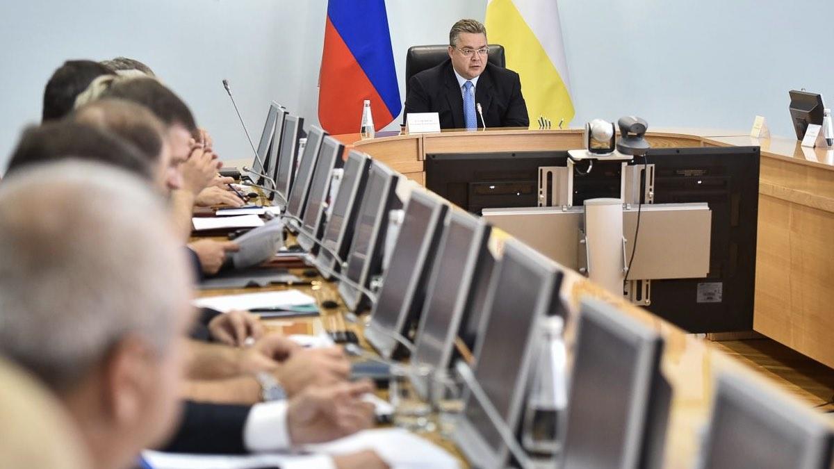 Губернатор Ставропольского края Владимир Владимиров на заседании правительства