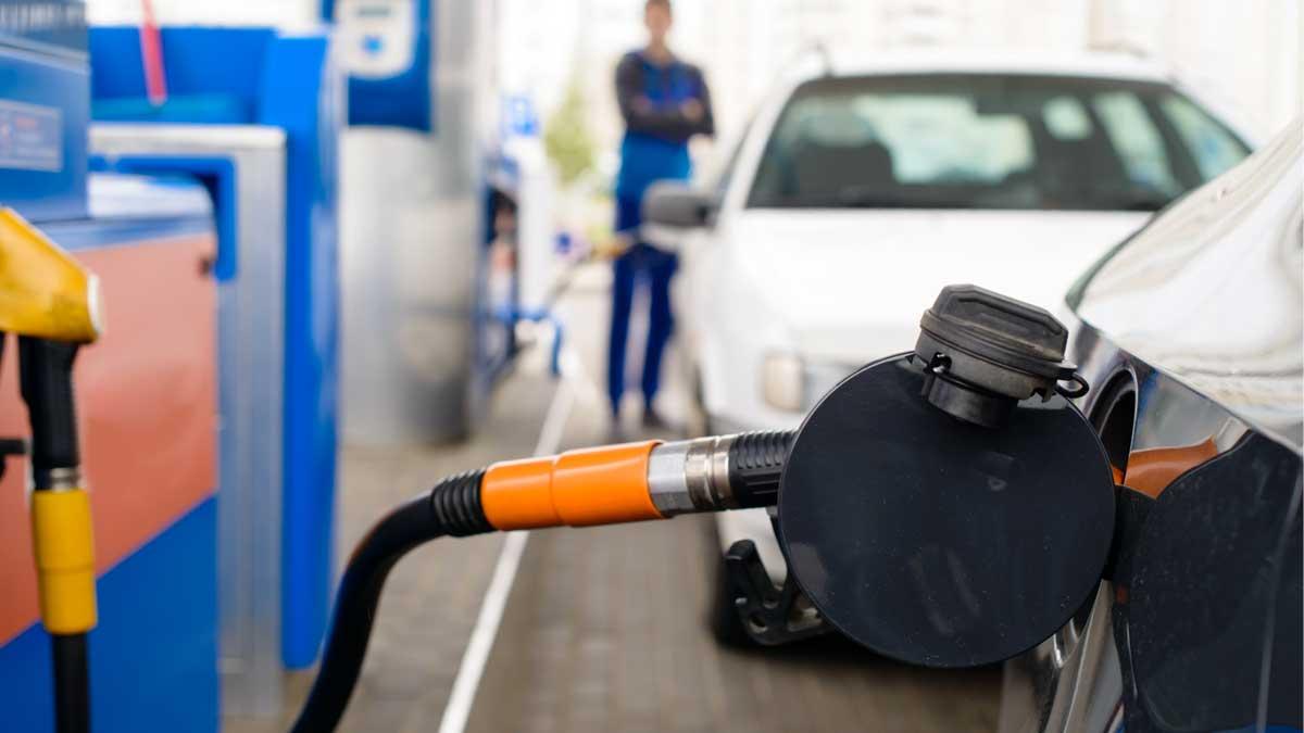 заправка бензин автомобиль