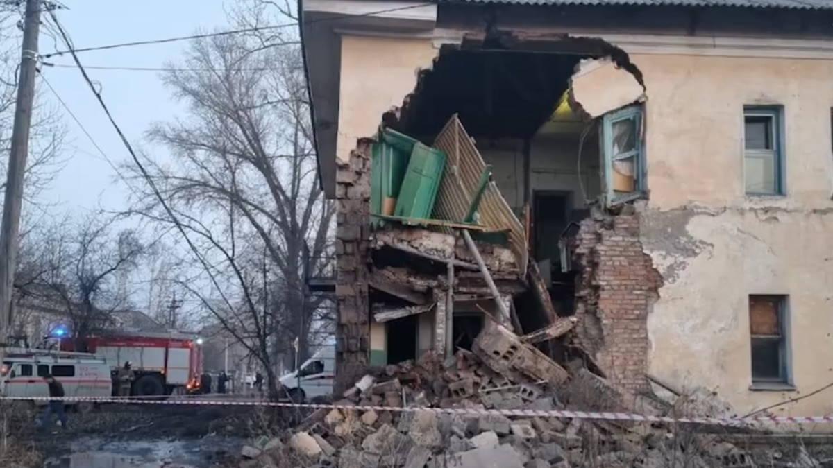 обрушения стены в Красноярском крае