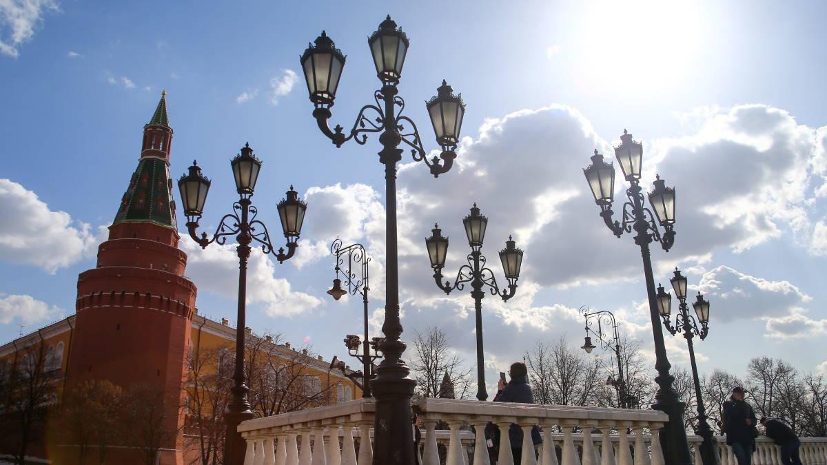 Москва погода весна солнце