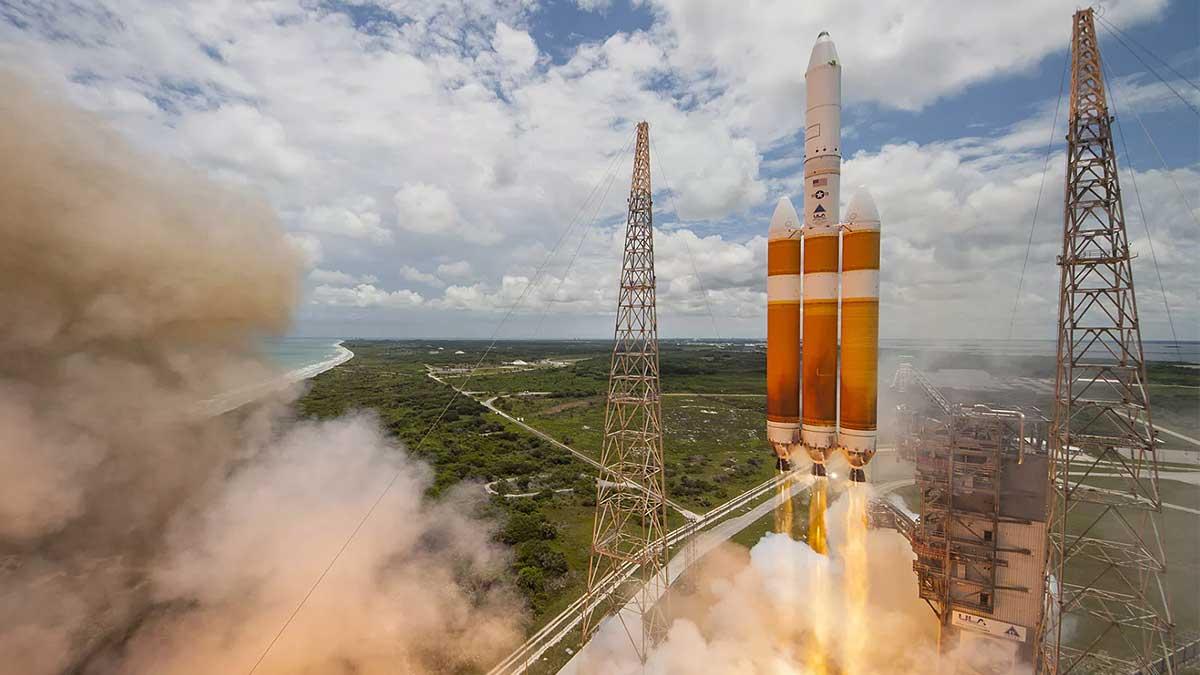 Delta Heavy ракета