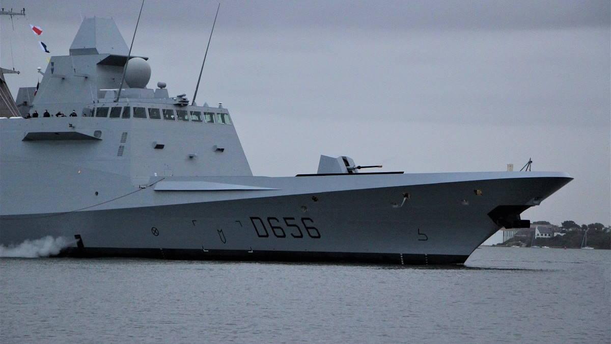 Французский фрегат модификации FREMM DA