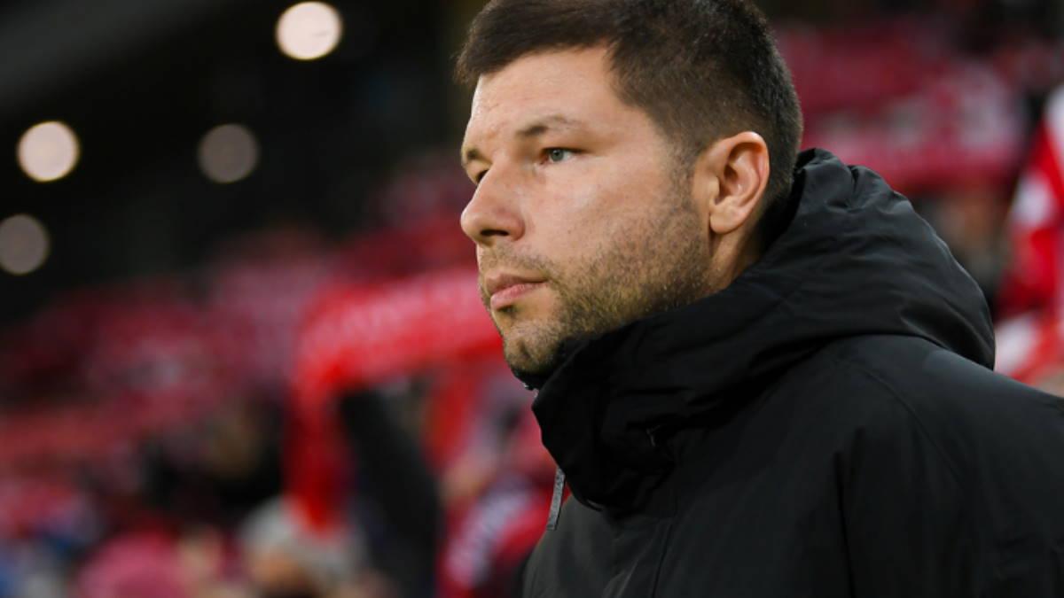 Футбольный тренер Мурад Мусаев