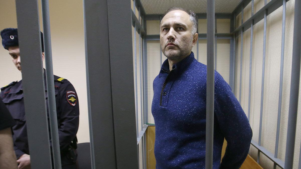 Бывший вице-губернатор Санкт-Петербурга Марат Оганесян в суде
