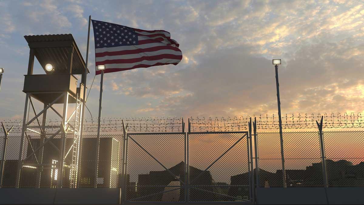 военная база США флаг забор